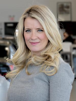 Laura  Shettler